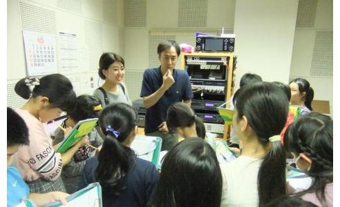 BSN社内見学 村上市立瀬波小学校