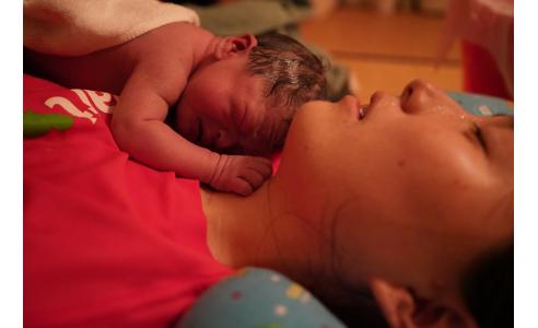 助産院で出産 次女誕生で新たな発見